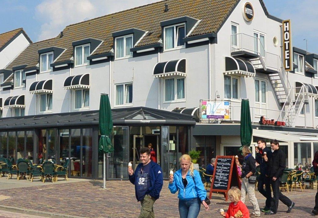 Proef de lente in Egmond aan Zee en geniet aan de Hollandse kust in een appartement