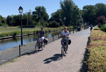 Trappen, Varen en High tea - Elektrisch verplaatsen door Giethoorn en omgeving