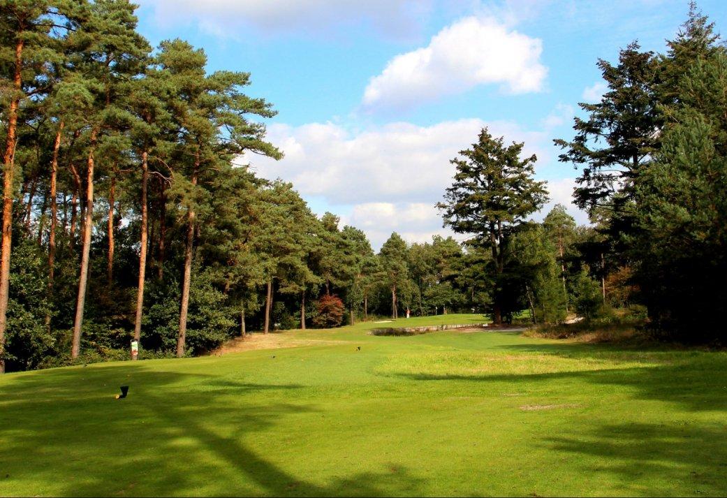 18-holes Greenfee bij Hooge Graven Golfclub Ommen