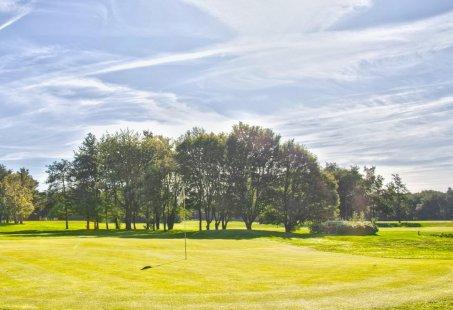 3 Daags Golfarrangement met verblijf in Zeegse en 1 dag 18 holes golfen in Drenthe