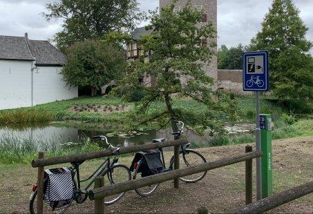 Vorstelijk genieten op een Kasteel in Limburg met deze 5-daagse Fietsvakantie