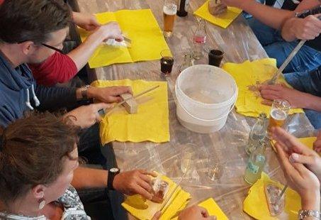 Vriendinnenweekend in een villa in de Weerribben met workshop, High Wine, ontbijt en avondeten