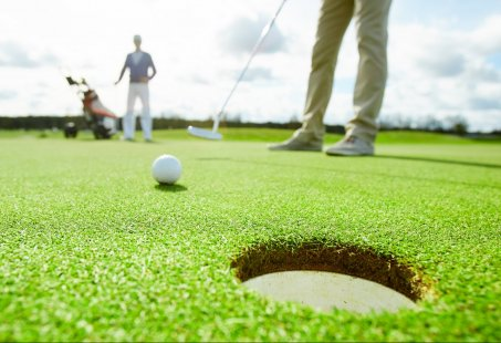 3-daags Golfarrangement met verblijf in hartje Valkenburg en 18 holes golfen