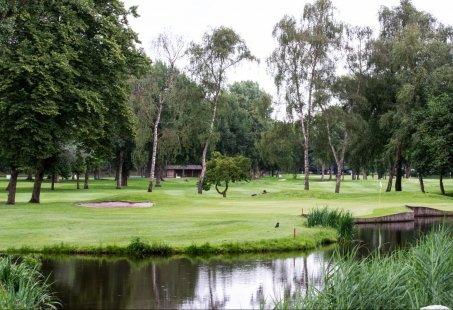 Romantisch nachtje weg in Schiedam en 9 holes golfen in Rotterdam