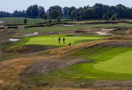 2-daags Golfarrangement - Slapen in Berg en Dal en een greenfee 18 holes golfen in Groesbeek