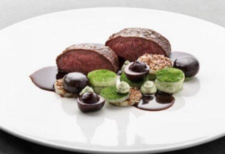 Culinair Wild arrangement in de Achterhoek - Overnachten in een schitterende villa