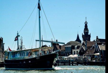 Groepsuitje op het water - Bezoek Volendam, Monnickendam en Marken inclusief een heerlijke BBQ