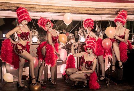 Dinnershow Stars on Stage - Avondje uit in Breda