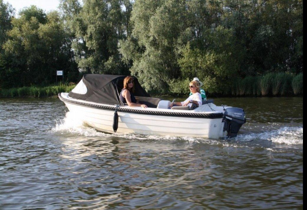 Een heerlijke dag Sloep Varen in de Bieschbosch - al vanaf 5 personen te boeken